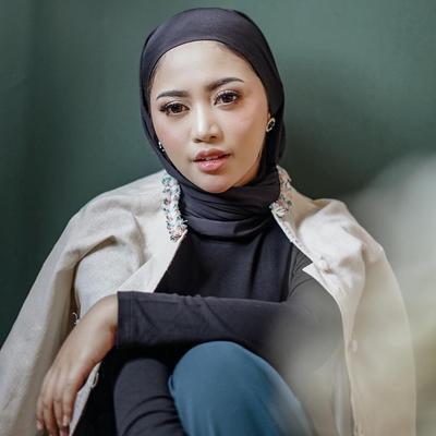 [FORUM] Gaya hijab rachel vennya bagus deh, ada yang tahu tutorialnya?