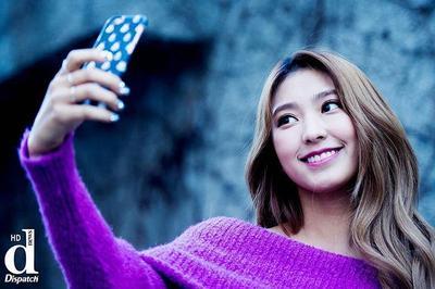 [FORUM] Pose Selfie yang Bagus Biar Keliatan Cakeeeup Kaya Selebgram Tuh Gimana Ya?