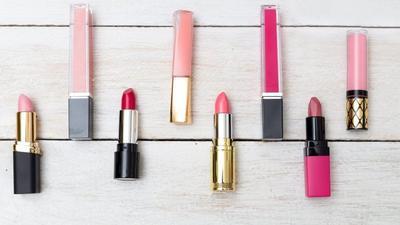 [FORUM] Kamu tim pakai lipstik lokal apa lipstik brand luar?