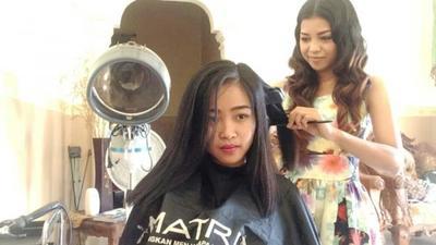 [FORUM] Kalau mitos rambut dipotong makin panjang, bulu mata juga dong ya?