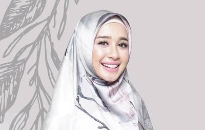 [FORUM] Udah Ada yang Pernah Beli Hijab Produk Artis? Reviewnya dong