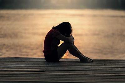 [FORUM] Suddenly feeling so sad, pernah merasakannya?