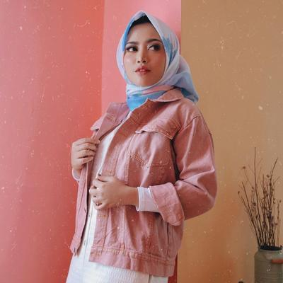[FORUM] Pulang dari London Rachel Vennya Bikin Hijab Anti Air, Wah Bikin Penasaran Nih!