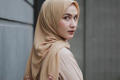 [FORUM] Kalian tim hijab segiempat disetrika dengan cara seperti apa?