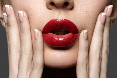 [FORUM] Warna lipstik yang cocok buat kuning langsat, bibir hitam dan muka tembam agar fresh itu apa ya?