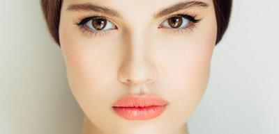 Deretan Warna Lipstick Ini Bisa Bikin Warna Kulit Cerah dalam Sekejap, Coba Deh!