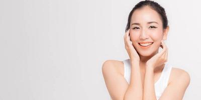 Ladies, Ini Rekomendasi Sunscreen Bagi Pemilik Kulit Sensitif