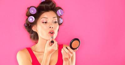 3. Manfaatkan Eyeshadow