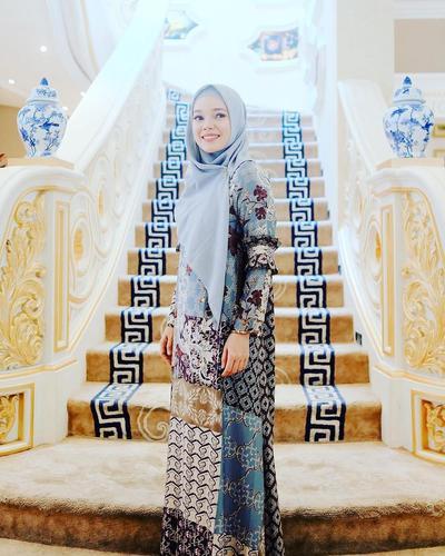 Dewi Sandra - Multi Corak + Hijab Polos