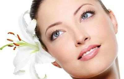 5 Primer untuk Kulit Berminyak, Siap Tahan Makeup Kamu Seharian!