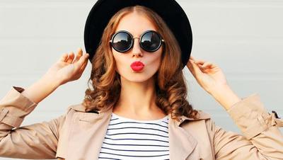 Bingung Pilih Warna Lipstick Sesuai Acara? Cari Tahu Tipsnya di Sini!