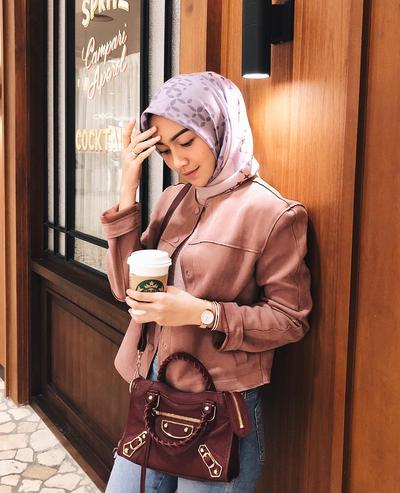 Hijab Segitiga Yang Simpel