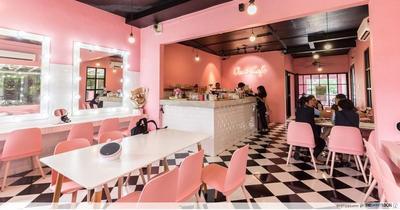 5 Rekomendasi Kafe di jakarta Bernuansa Pink, Gak Perlu Jauh-jauh Kulineran ke Korea!