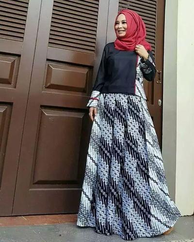 Model Baju Gamis Batik Kombinasi Kain Polos