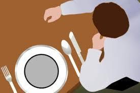 [FORUM] Makan di depan orang puasa dosa gak ya...