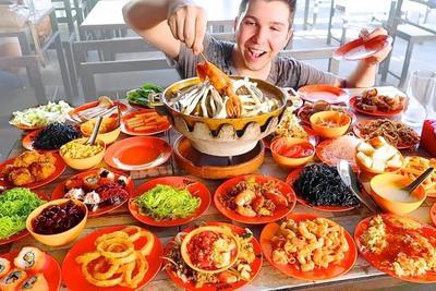 [FORUM] Lebih suka restaurant ala carte apa all you can eat nih?