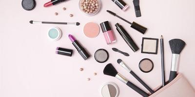 Kenalan dengan Jenis Produk dan Alat Make Up yang Tepat Bagi Pemula