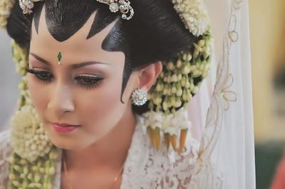 Intip Inspirasi Makeup Pengantin Adat Jawa ala Selebriti Papan Atas