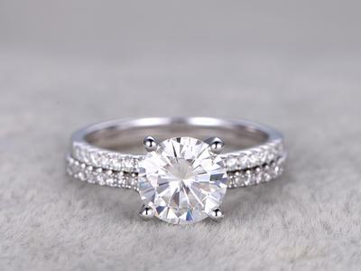 Jangan Salah Pilih, Ini Tips Penting Pilih Bahan Dasar Cincin Nikah yang Perlu Kamu Tahu!