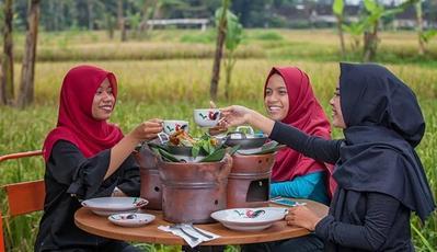 5 Warung Makan Sunda Paling Enak di Jakarta, Rasanya 'Nyunda Pisan'!
