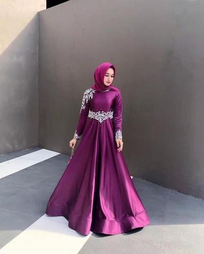 Gaun Pesta Muslimah Syari Ala Selebgram Dan Artis Ini Cocok Untuk