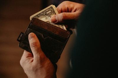 4. Tentukan Batas Pemakaian Kartu Kredit