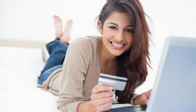 Gak Perlu Takut Ladies, Ini Tips Pakai Kartu Kredit Buat Pemula!