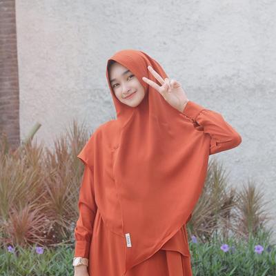 2. Hijab Instan Syari
