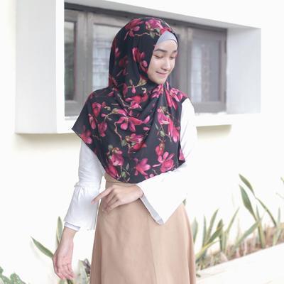 3. Hijab Instan Motif