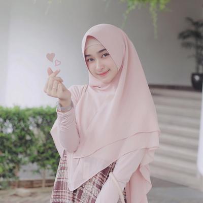 4. Hijab Instan Segitiga