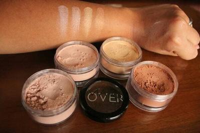 Bedak Tabur Silky Smooth Translucent Powder - Make Over