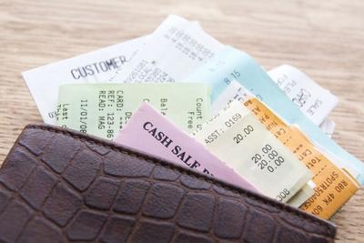 [FORUM] Suka Simpan Struk Belanja Di Dompet? Bahaya Loh!