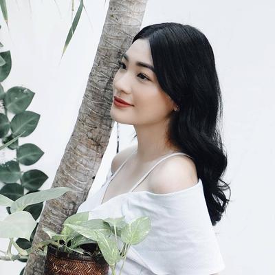 Review Foundation Sariayu, Produk Legendaris di Bawah Rp50 Ribu yang Tahan Lama