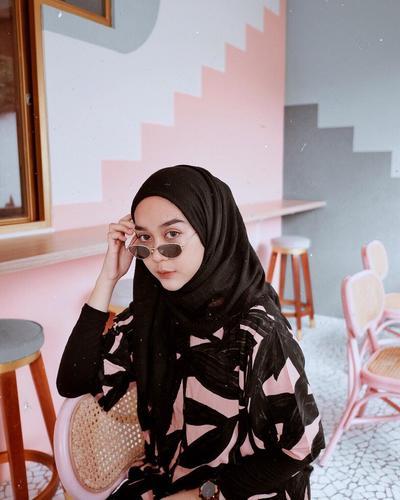 5 Gaya Foto Kekinian ala Hijabers, Bikin Feed Instagram Bak Selebgram!