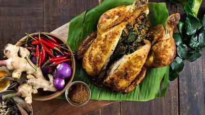 Libur Akhir Tahun di Bali? Jangan Lupa Cicipi Makanan Khas Bali yang Halal dan Enak Ini!