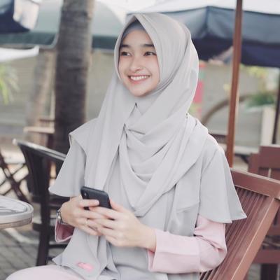 5. Hijab Instan Kekinian