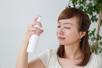 Cegah Photo-Polluaging, Ini Dia 5 Saat Tepat Gunakan Face Mist