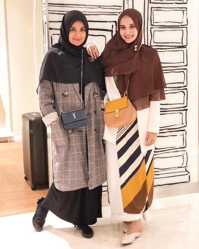 4. Hijab Syari untuk Traveling