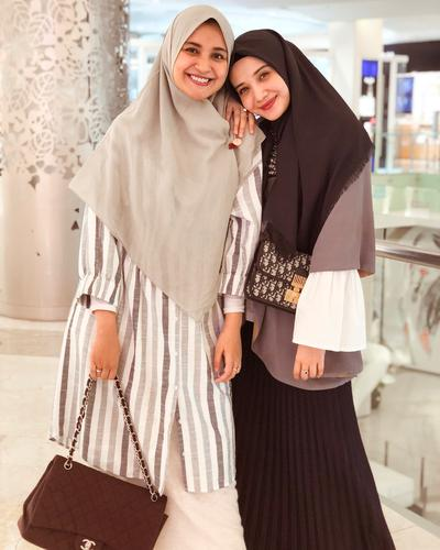 5. Hijab Syari untuk Hangout