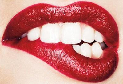 [FORUM] Waduh, pake lipstick menor tenyata dosa...