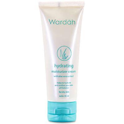6. Wardah Hydrating Moisturizer Cream