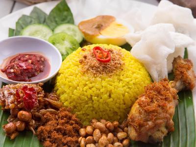 Beragam dan Lezat, Inilah Macam-Macam Olahan Nasi Indonesia yang Tak Biasa