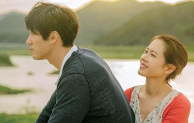 Bikin Perasaan Teraduk-aduk, 5 Film Romantis Korea Ini Harus Kamu Tonton di Weekend Ini!