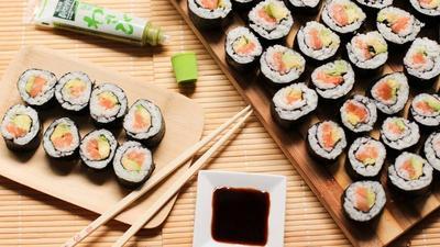 Hobi Makan Sushi? 4 Rekomendasi Resto Makanan Jepang Ini Paling Ramai Dikunjungi