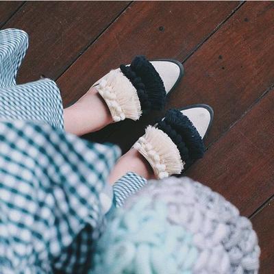 Pilihan Model Mule Flat Shoes Seperti Ini Lagi Kekinian, Gemes Banget!