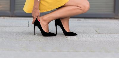 [FORUM] Ini dia tips biar kaki kamu gak pegel waktu pake heels!