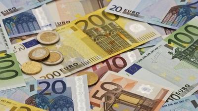 [FORUM] Kalian lebih suka pegang uang cash atau nyimpen di rekening?
