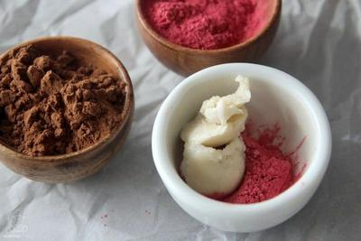 Cara Membuat Liptint dari Mica Powder