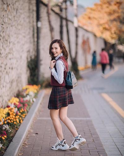 Bergaya Ala Korean Style Seperti Selebgram dan Artis Muda Cantik Ini Yuk!