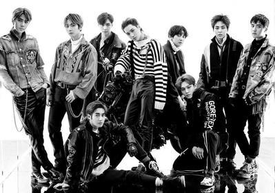 9 Foto Member EXO Ini Buktikan Ketampanan Mereka Asli Tanpa Filter!